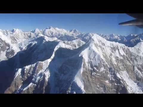 Scenic Mountain Flight (Himalayas/Mt Everest in Nepal) on Buddha Air (видео)