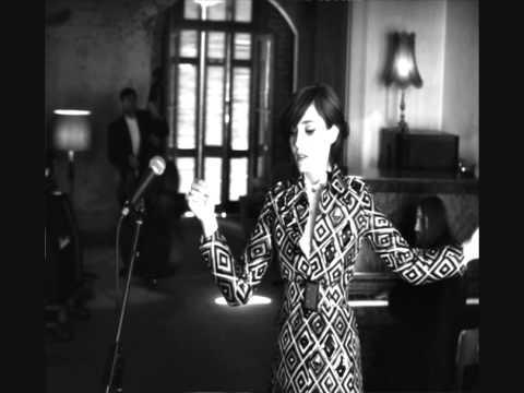 Tekst piosenki Sarah Blasko - An Oyster, A Pearl po polsku