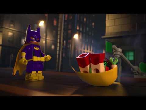 Конструктор Погоня за Женщиной-кошкой - LEGO BATMAN - фото № 11