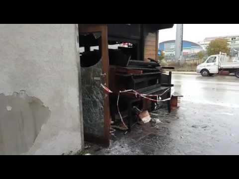 Montesilvano, a fuoco un ristorante sulla Nazionale VIDEO
