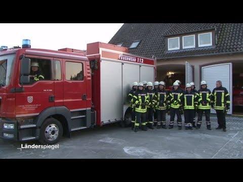 Melle: Feuerwehrauto zu groß für die Garage - Hammer  ...