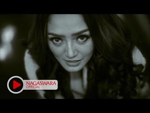 Siti Badriah - Mama Minta Pulsa - Official Music Video - NAGASWARA