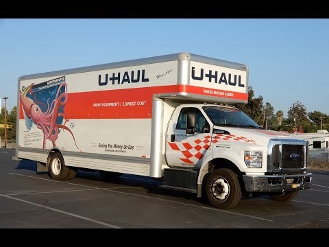 Rent a Uhaul Biggest Moving Truck ~ Easy to / How to Drive Video Review
