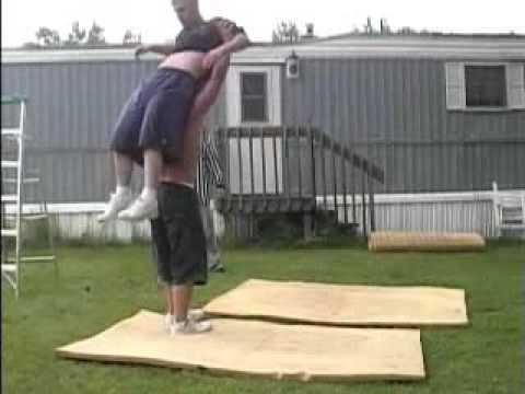 WZW 6/10/07 - Intimidator vs  TJ Edick (видео)