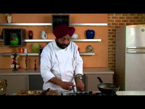 0 Basil Parotha: Indian Bread