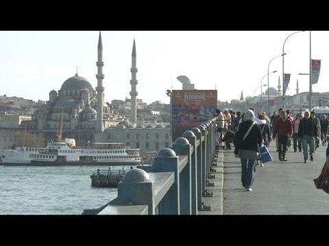 La Turquie relève massivement ses taux malgré l'hostilité d'Erdogan