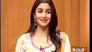 Video Alia Bhatt has the cutest reaction to viral memes and trolls about her on social media MP3, 3GP, MP4, WEBM, AVI, FLV Juni 2018
