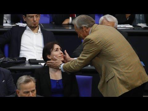 Dritter Wahlgang: AfD-Abgeordnete Harder-Kühnel bei W ...