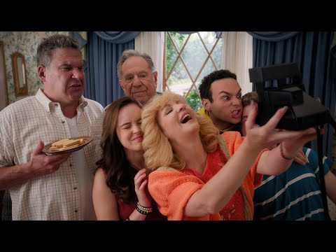 Beverly Goldberg Forces Her Family to Take a Road Trip - The Goldbergs