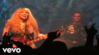 Music video by Hole performing Samantha. (C) 2010 The Island Def Jam Music Group