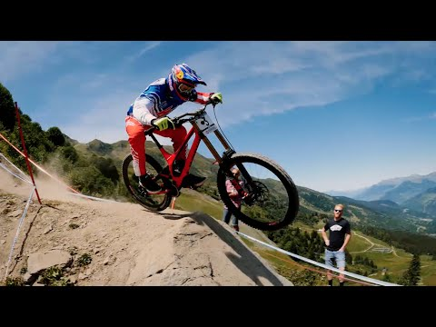 Inside Specialized Racing: 2014 Downhill Season Recap