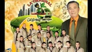video y letra de La traicion de un amigo (audio) por La Original Banda El Limon