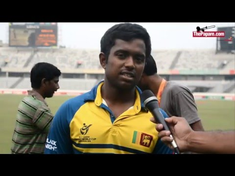Sri Lankan Team singing National Anthem