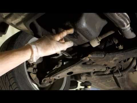Oil drain bolt bad and damaged in car. How to repair.