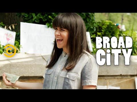 Broad City - Celebrities' Favorite Foods