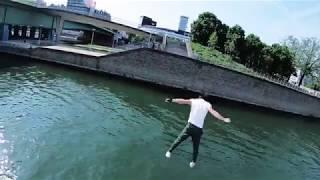 Video jump on a boat (Ibratv) MP3, 3GP, MP4, WEBM, AVI, FLV Juni 2018