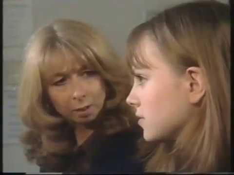Coronation Street - Sarah-Lou finds out she's Pregnant 21/02/00 (part 1)