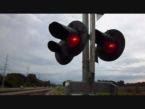 railroad crossing - This is a video I made while on route going to film another video of a railroad crossing gate malfunctioning because the light was turn in the wrong directio...