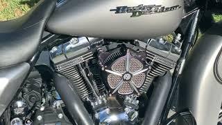 9. 2009 HARLEY-DAVIDSON - FLHX STREET GLIDE 110 Screaming Eagle. 16700Mi