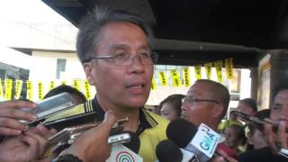 Martial law an issue, says Roxas