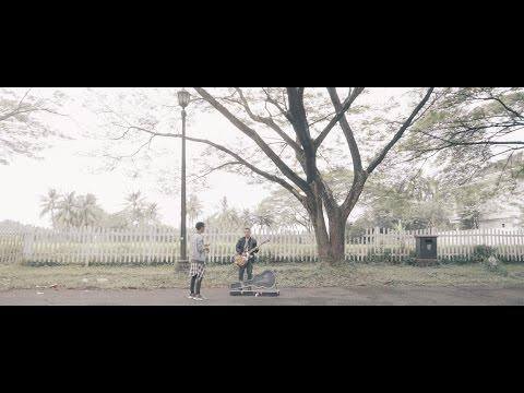 Osvaldorio Ft. Indra Prasta - Menghilanglah Denganku [Official Music Video]