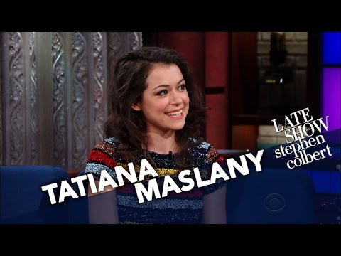 Are Amy Schumer & Tatiana Maslany the New Squad Goals?