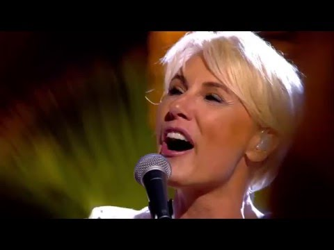 Dana Winner: One Moment In Time (live)