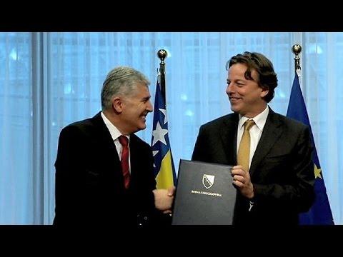 Επίσημο αίτημα ένταξης στην ΕΕ κατέθεσε η Βοσνία- Ερζεγοβίνη