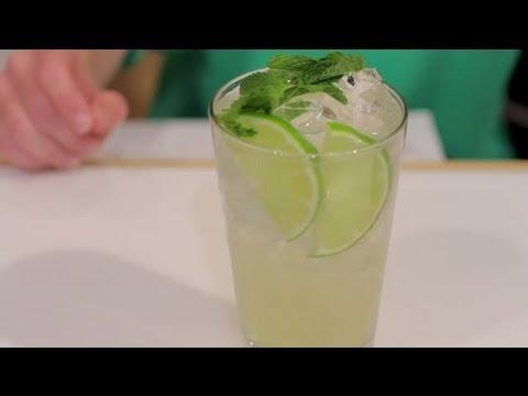 How to Make a Mojito With Sprite, Rum & Mojito Mix : Mojito & Daiquiri Recipes