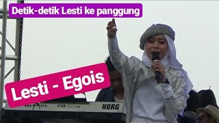 Video Detik-detik Lesti datang dan nyanyikan Lagu Egois MP3, 3GP, MP4, WEBM, AVI, FLV April 2019