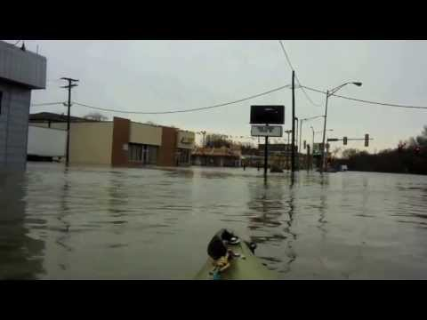 des - Going through the Drive Thru with the Kayak after a record flood. 4-18-13.