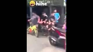 Trẻ trâu Thái Lan đánh nhau rất có  văn hoá Hót clip vui 2015
