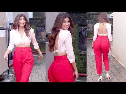 H0T shilpa shetty stunning poses With Magical dress || Bollywood tv