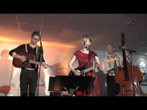 Hank's a Lot - Den Blinde Jenta. Concert in Ås Kulturhus, May 2013.