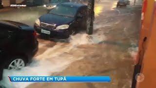 Tupã: chuva forte causa estragos
