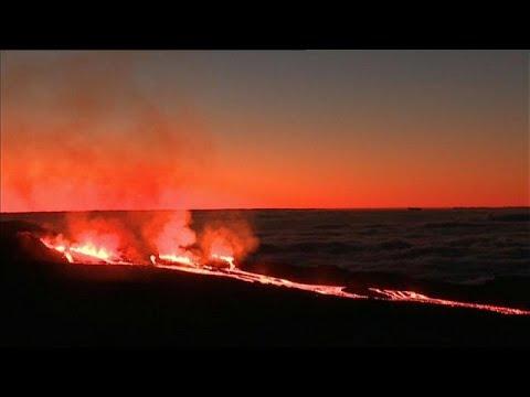 Faszinierender Vulkanausbruch auf La Réunion