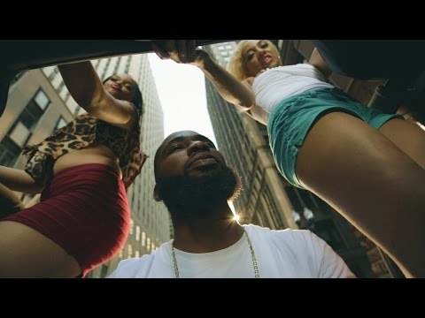 New Video: Young Gii Feat King Louie- All On My Dih