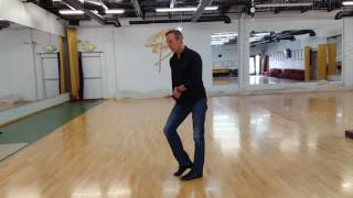 Three toe base, leg action rhythm (latin) vs swing