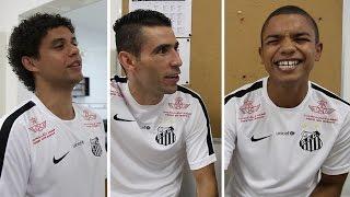 O lateral do Santos FC, Victor Ferraz, casou-se durante as férias. Na resenha do vestiário, David Braz, Vanderlei e o próprio Victor comentaram os ...