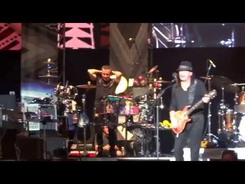 Carlos Santana y Journey de Tour Guadalajara Concierto Arena VFG  2015 Laberinto de los Famosos