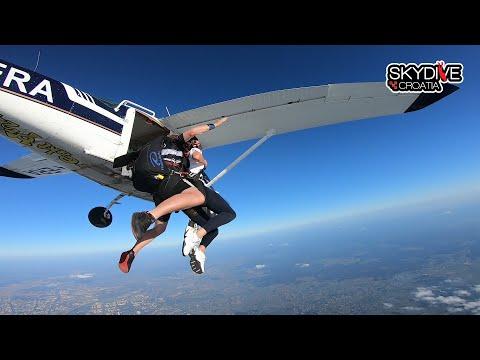 Skok padobranom Ivane Paradžiković s Tandem Expertima i Skydive Croatiom