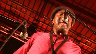 The HeadShakers feat. Napoleon M. Brock : Son of Orange county / More Trouble Everyday (F. Zappa)
