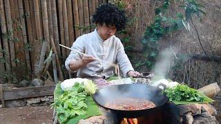 Video 在山里煮火鍋,土灶燒柴直接吃,這火鍋吃的帶勁【村意】 MP3, 3GP, MP4, WEBM, AVI, FLV Juli 2019