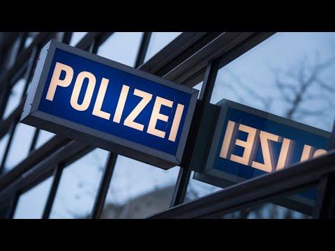 Ermittlungen gegen fünf mutmaßlich rechtsextreme Poli ...