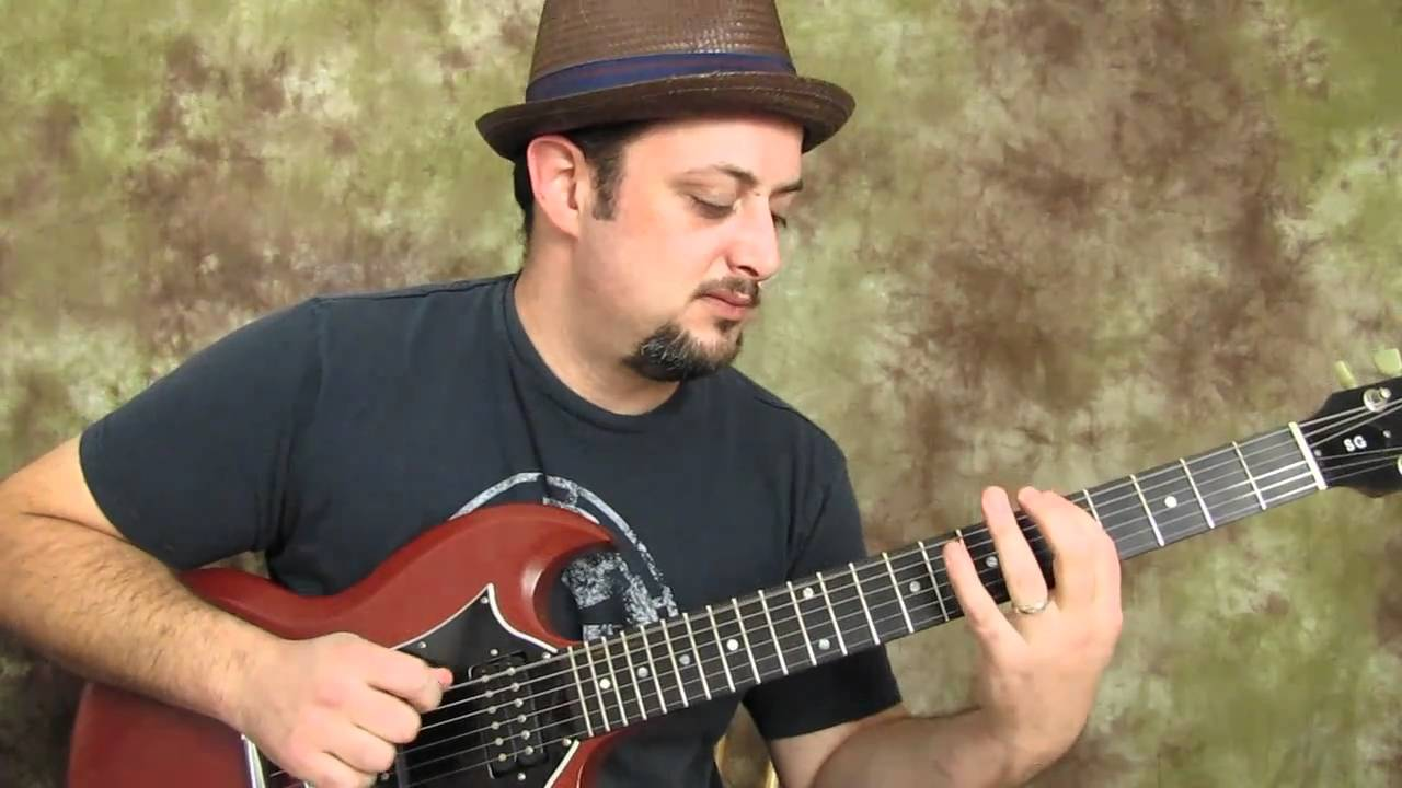 """A"" major pentatonic run – easy electric guitar lesson"