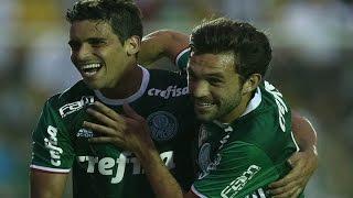 Curtam nossa página: http://www.facebook.com/LeandroSportsVideos Em jogo tenso, Palmeiras vence o Figueirense e dispara...