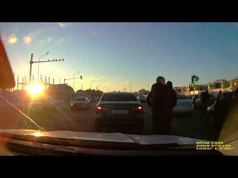 Авария в Челябинске на улице Благодатово