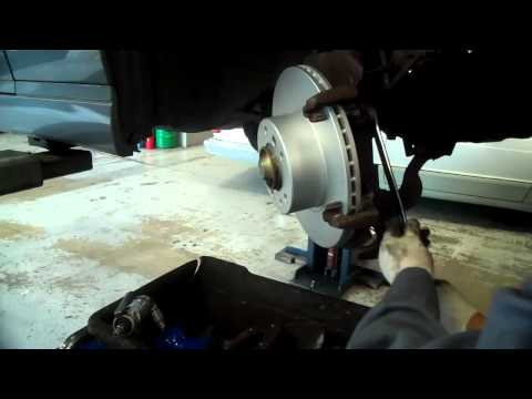How to Replace Brake Pads and Rotors on the 1992-1995 BMW E34 525i