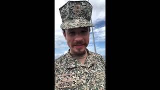 LUISITO COMUNICA Y JUAN BERTHEAU UN DÍA EN LA ARMADA COLOMBIANA(DISPARAN, VUELAN EN UN HELICÓPTERO)