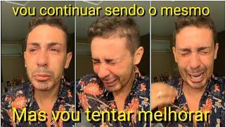 Carlinhos Maia chora e pede desculpas